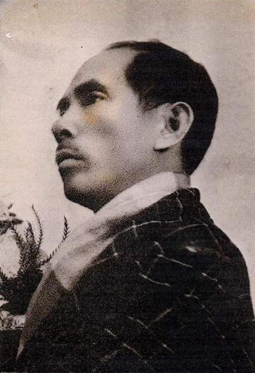 Nhất Linh năm 1954. Ảnh: Lê Văn Kiểm