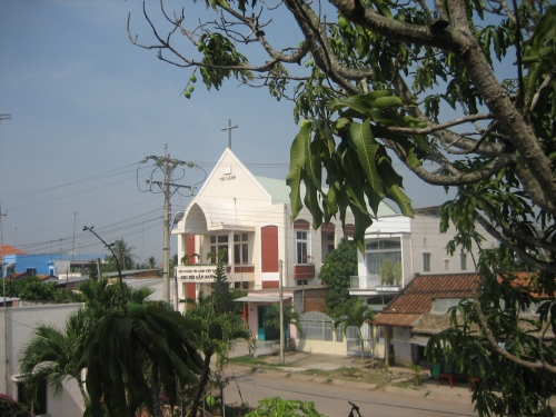 Nhà thờ Tin Lành ở Cần Đước. Ảnh: Phanxipăng