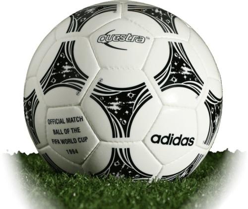 Questra - quả bóng để thi đấu chính thức tại World Cup '94