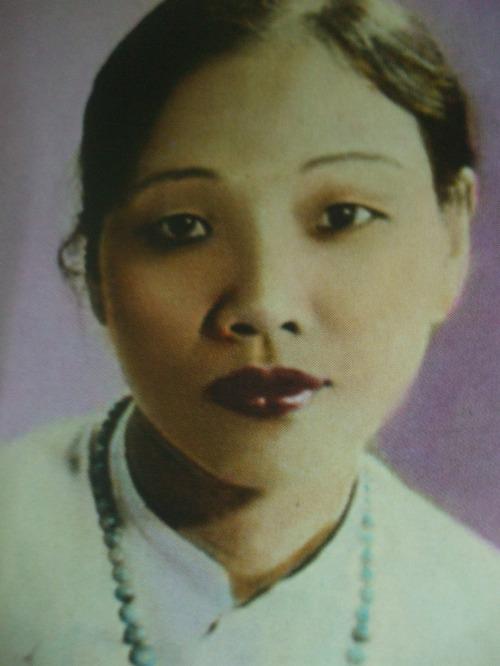 Mộng Tuyết (1914 - 2007)
