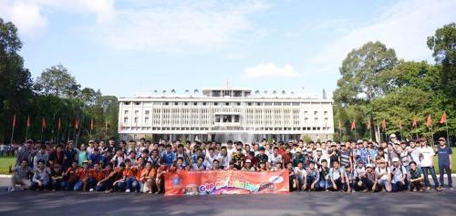 Tháng 8-2014, các thành viên Gặp gỡ toán học lần VI tham quan Dinh Độc Lập. Ảnh: Thanh Huyền